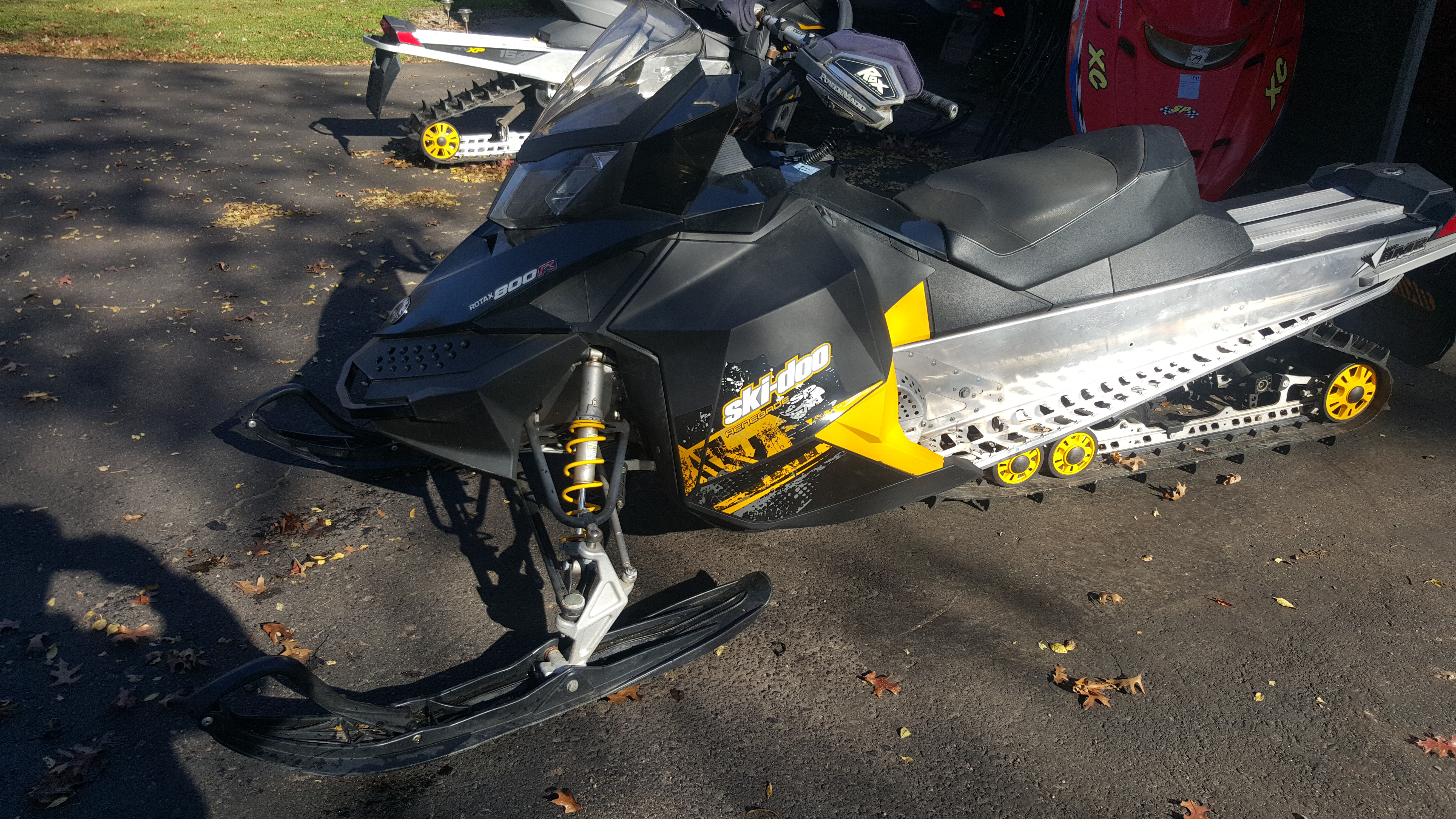 Parts available from 2011 Ski Doo Renegade 800 PTEK 137""